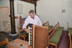 140415 Omstemmen orgel (1)
